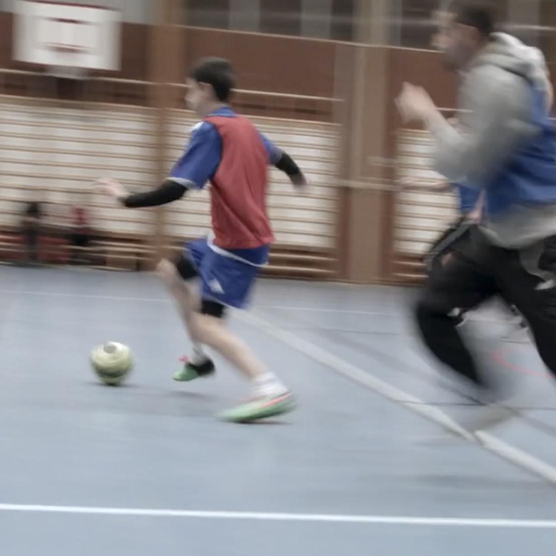 Gränslösfotboll